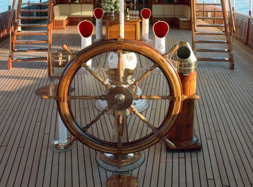 main-deck-aft